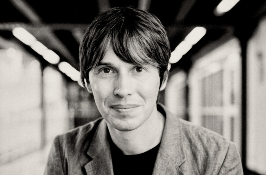 Brian Cox: Scientific eye candy?